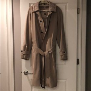 Burberry trench/overcoat tan with zipout liner